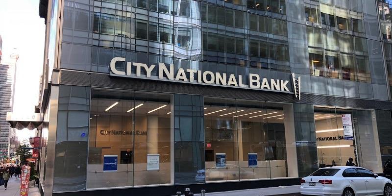 City National Bank Crystal Visa Infinite Cardholder Promotion