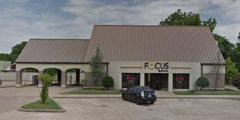 Focus Bank $100