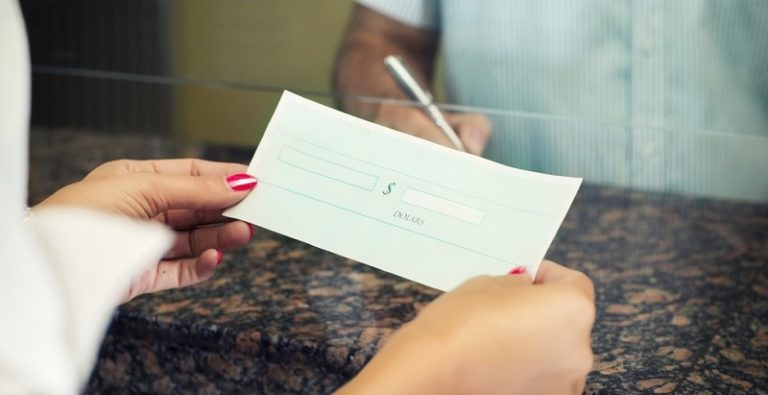 Routing Number vs. Account Number – What's The Difference?