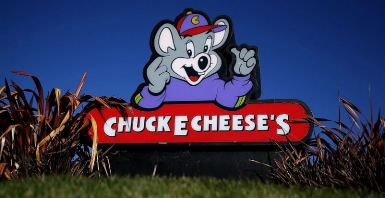 Chase 10%back promotion at Chuck E Cheese