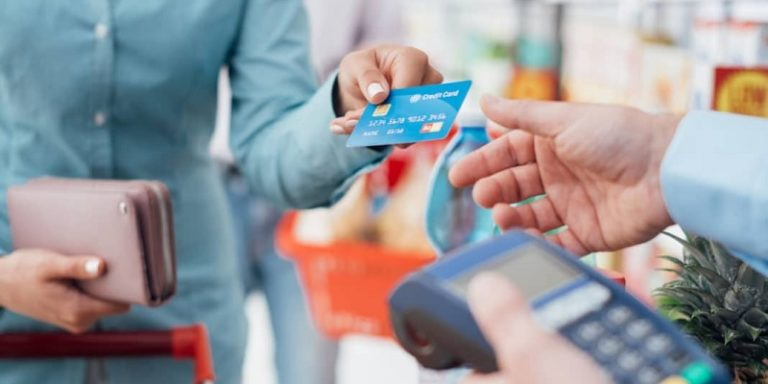 How to Wisely Use A Credit Card & Rewards