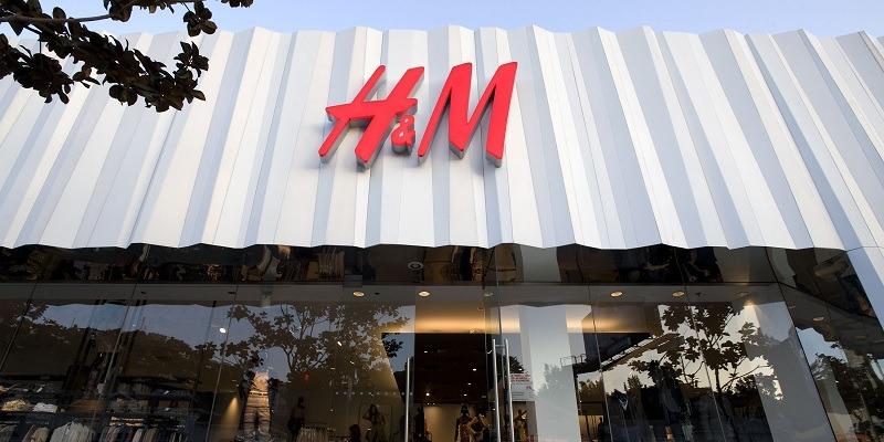 H & M Storefront