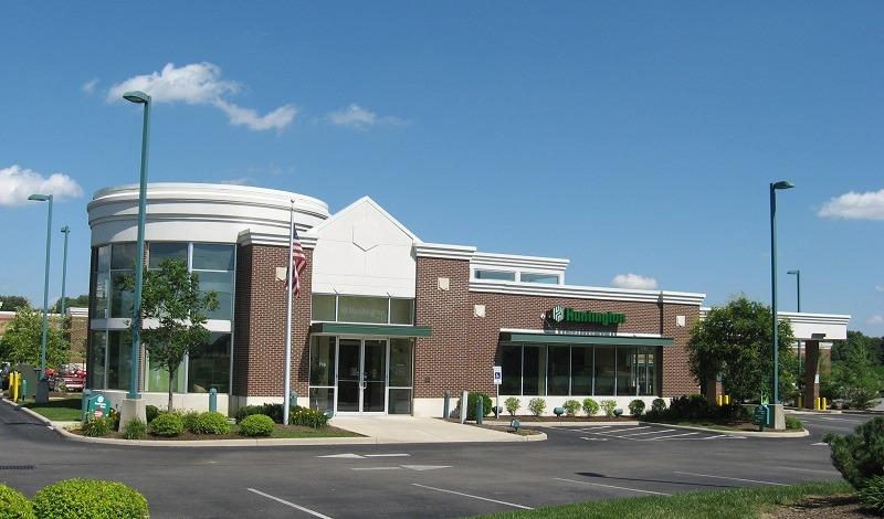 Huntington Bank Asterisk Free Checking account bonus