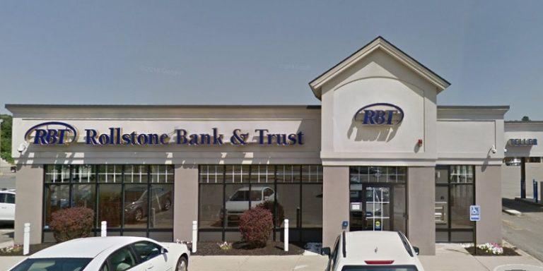 Rollstone Bank & Trust $300 Checking Bonus