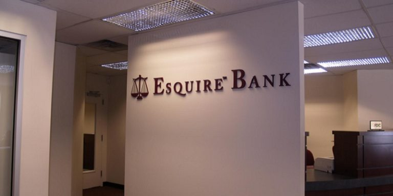 Esquire Bank Review: Best Account for You