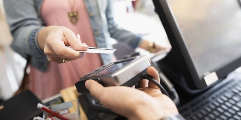 Store Credit Cards Pros Cons