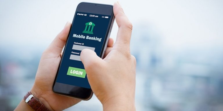 Pros and Cons of Switching to a Mobile-Only Bank
