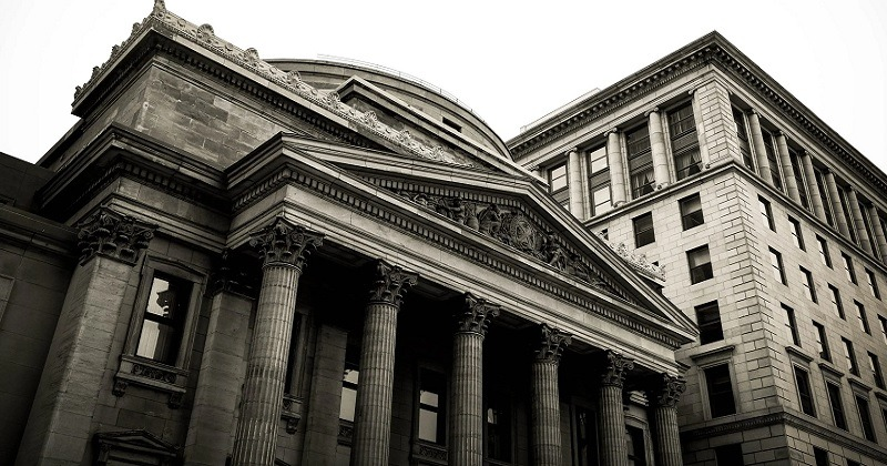 Types of Banks: Which Is the Best Choice?